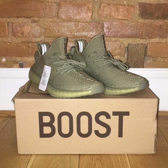 6026d150dbf UA A++ Yeezy Boost 350 V2 Dark Green w box